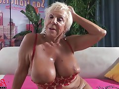 Abuelitas, MQMF, Estrellas Porno, Primera Persona