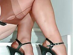 Fuß Fetisch, Unterwäsche, MILF, Strumpfhose