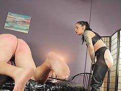 Minettes, Femme dominatrice, Hardcore, BDSM