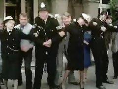 İngilizler, Polis