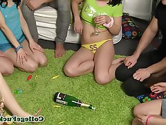 Blowjob, Gruppensex, Teenie, Flasche