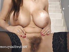 Büyük göğüsler, Çekçe, Kıllı, Mastürbasyon