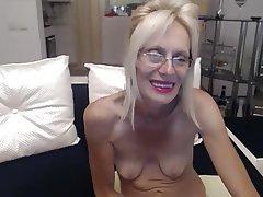 Amateur, Granny, Masturbation, Saggy Tits