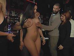 Sex na veřejnosti, Španělé, Španělé, Barů