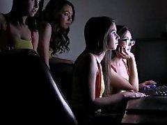 Web kamerası, Gerçeklik, Esmerler, Genç