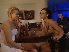Anal seks, Olgun kadınlar, Сüceler