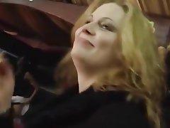 Prsíčka, Německo, Skupinový sex, Tvrdé sex