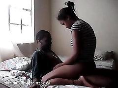Ebony, Amateur