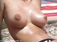 Velká prsa, Amatér, Sex na veřejnosti
