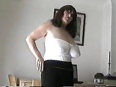 Prsíčka, Zralé ženy, MILF, Měkký porno