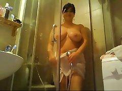 Duş, Olgun kadınlar, Web kamerası