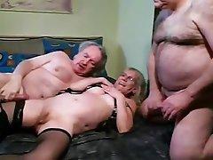 Mature bisex swingers