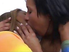 Close Up, Lesbian