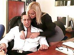 Blondýna, Tvrdé sex, Porno hvězdy